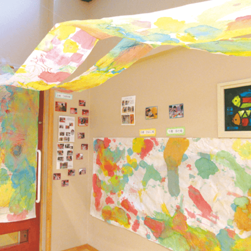 六浦こども園の子どもたちが作ったアート作品